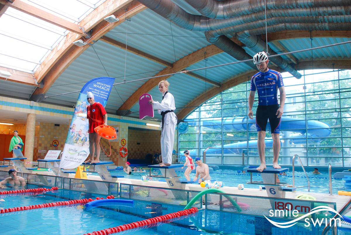 Niezwykli zawodnicy zawodów pływania