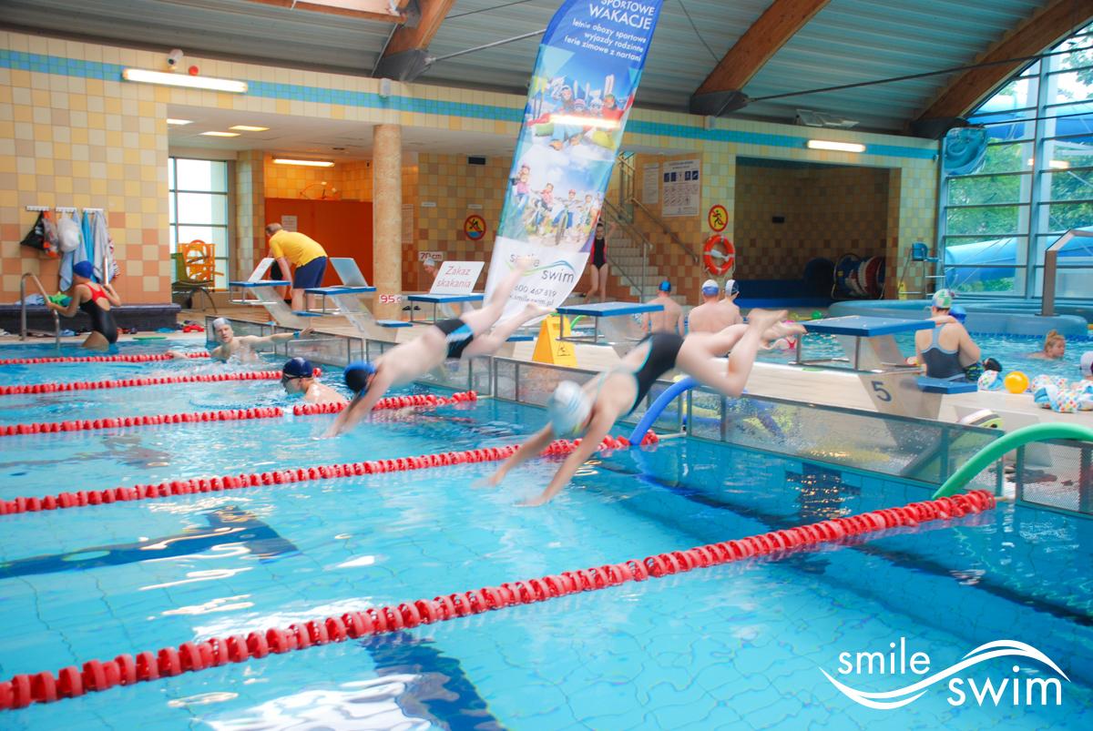 Niezwykli zawodnicy zawodów pływania - wystartowali