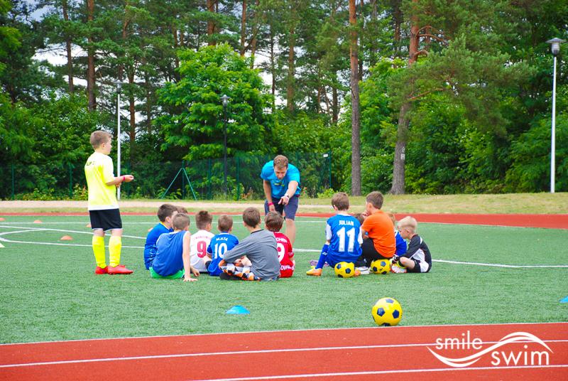 Obóz piłkarski - ustalanie taktyki