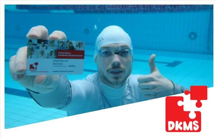 Szkoła pływania Smile-Swim pomaga DKMS