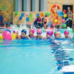 Urodziny dziecka na pływalni - wyścigi